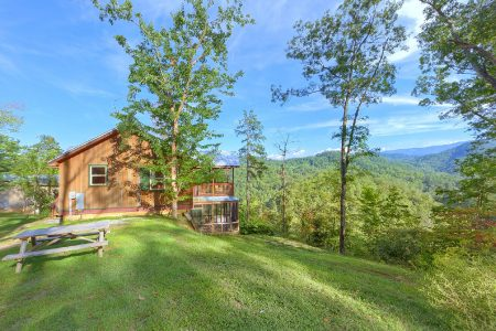 Moonglow: 2 Bedroom Pigeon Forge Cabin Rental