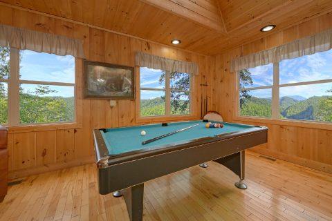 Pool Table 2 King Beds Cabin Sleeps 6 - TipTop