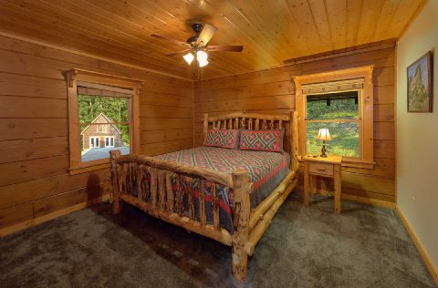 Wears Valley cabin with private King Bedroom - Top Of The World