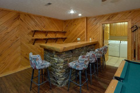 Game Room with bar and pool table in cabin - Top Of The World