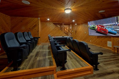 Theater Room in 6 bedroom luxury cabin - Top Of The World