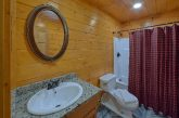 6 bedroom group cabin with 5 and a half baths