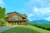 Secluded cabin with 6 bedrooms and Mountain View