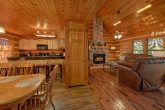 Spacious 4 Bedroom 3 Story Cabin Sleeps 14