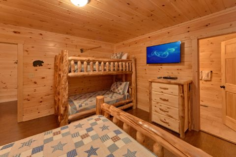 5 Bedroom Cabin with Twin Bunk Beds & Queen Bed - TrinQuility View