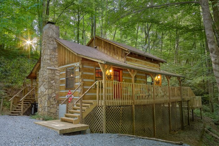 Two Cubs Den Cabin Rental Photo