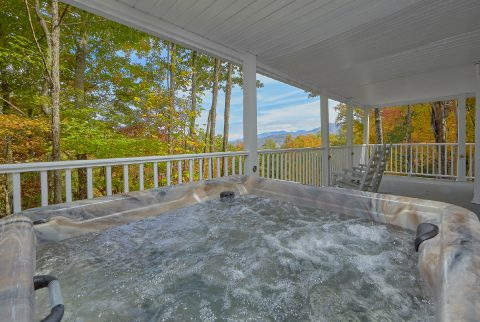 Private Hot Tub with Views 2 Bedroom Chalet - Victoria's Queen