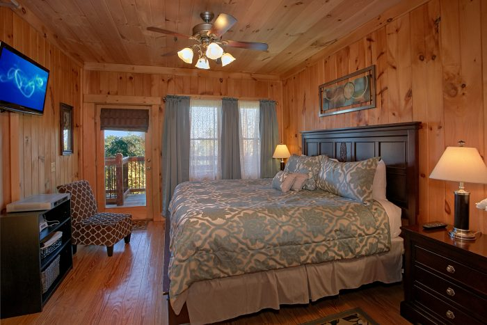 Luxurious Master Suite 3 Bedroom Cabin - View Topia Falls