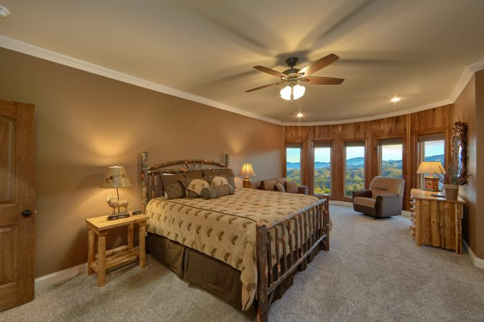 Luxury Cabin with 3 Private King bedrooms - Bluff Mountain Lodge