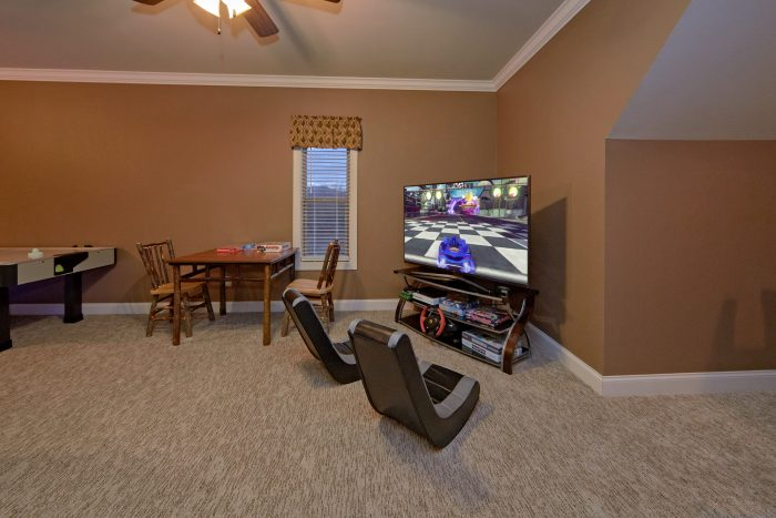 Luxurious Cabin with Game room and 2 arcade game - Bluff Mountain Lodge