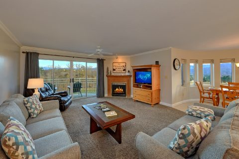 2 Bedroom condo with Fireplace and Mountain View - Vista View