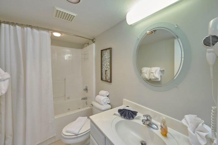 Luxury Golf Vista Condo with 2 private baths - Vista View