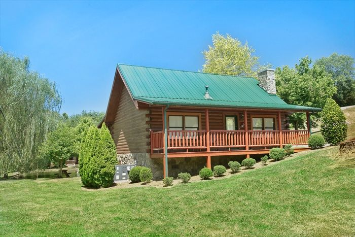 Whispering Pond Cabin Rental Photo