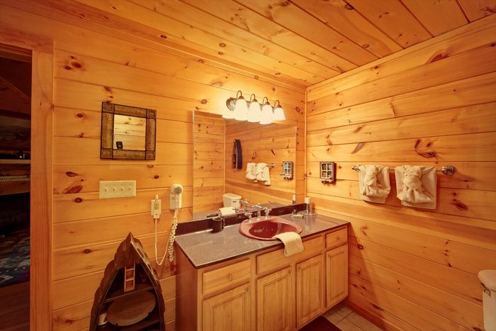 Premium Honey Moon 1 Bedroom 1 Bath Cabin - Whispering Pond