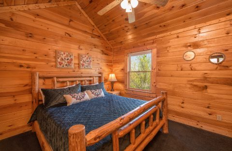 Spacious cabin with 3 King Beds - Wilderness Lodge
