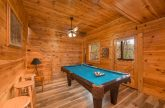 5 Bedroom cabin with pool table game room