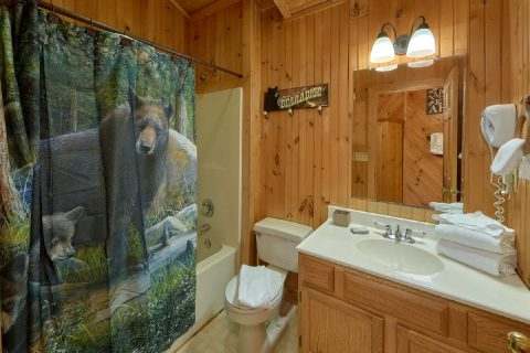 1 Bedroom Cabin in Pigeon Forge Sleeps 4 - Wildflower Haven