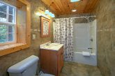 Pigeon Forge 3 Bedroom Cabin Sleeps 8