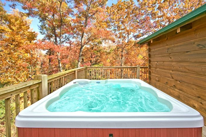 Cabin with Hot Tub on Private Deck - Wonderland