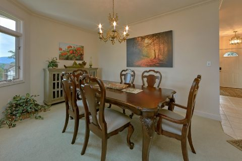 Luxury 2 Bedroom with Dining Table for 6 - Wow! What A View