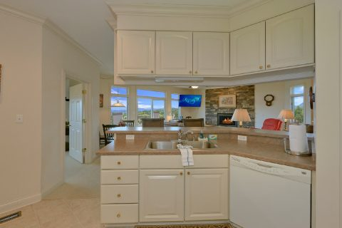 Luxury 2 Bedroom with Kitchen - Wow! What A View