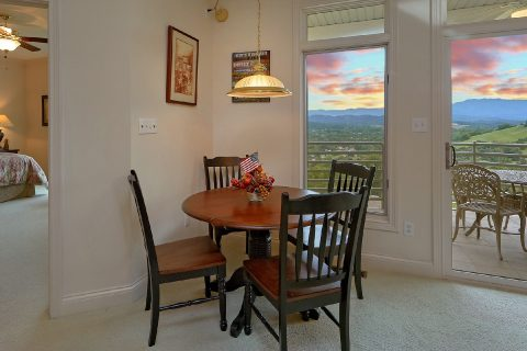 2 Bedroom Cabin with Table and Chairs - Wow! What A View