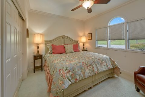 King Bedroom with Flatscreen TV - Wow! What A View
