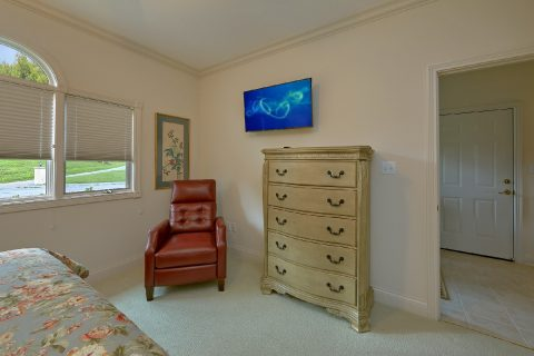 Luxury 2 Bedroom with King Bed Sleeps 6 - Wow! What A View