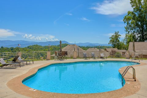 2 Bedroom with Pool Access Sleeps 6 - Wow! What A View